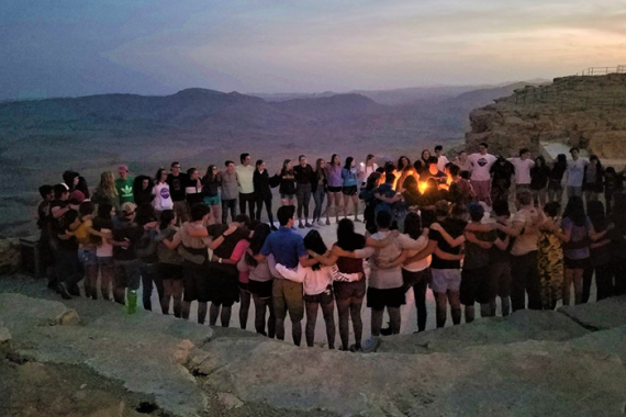 Heller High students celebrate havdallah in Israel