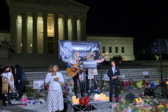 Vigil in remembrance of Justice Ruth Bader Ginsburg in front of the US Supreme Court building