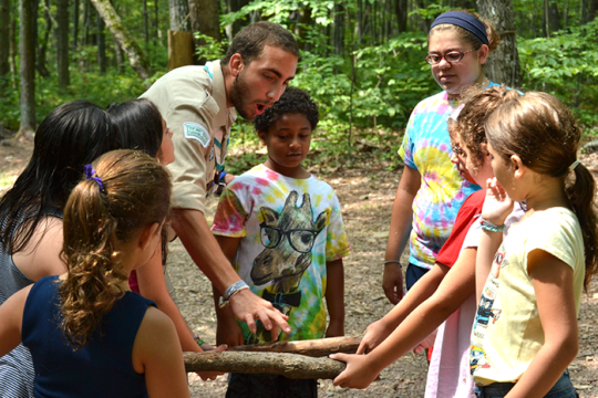 URJ Campers learn about the outdoors